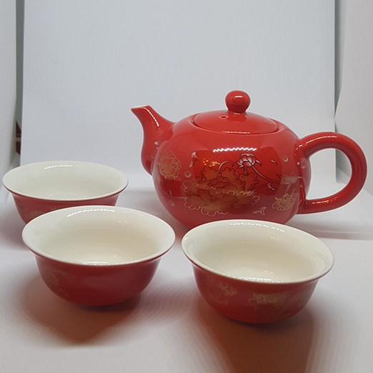 Red Mini Kettle Set With Three Dumpling Cups