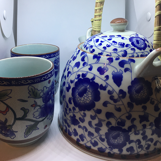 Blue Flower Kettle, Oriental Style With Two Cups